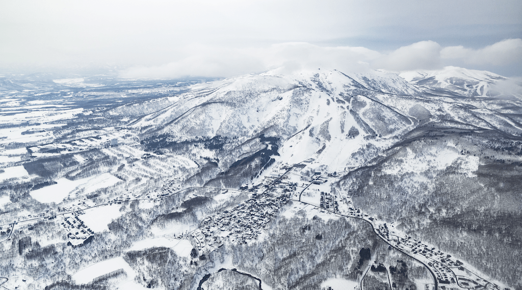 Relish a bespoke luxury winter experience in Niseko with premium private ski/snowboard lessons, powder guiding tours, whiskey tours and more
