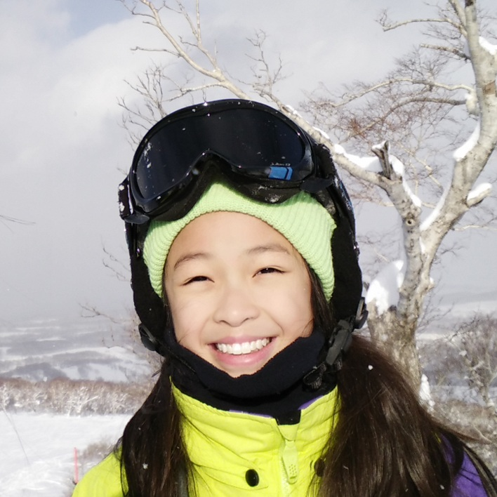 Meet Tanya, Hokkaido Ski Club's regular skiing and snowboarding guru