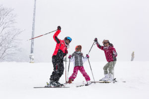 Beginner skiing lesson for kids in Hokkaido