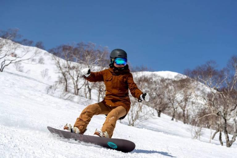 Snowboarder in Niseko